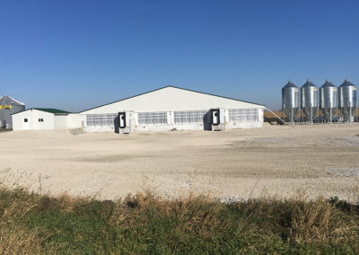 COMPLETED 2400 HEAD WEAN-FINISH BARN